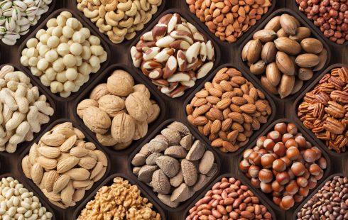 bianca-nuts-landing-page-mix-pecan-hazelnuts-walnuts-pistachios-almonds-macadamia-cashew-peanut